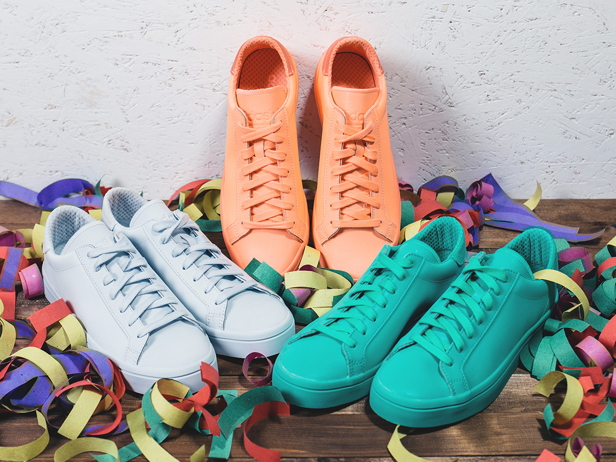 new arrival 2ce17 31f24 ... Buty damskie sneakersy adidas adiColor Court Vantage