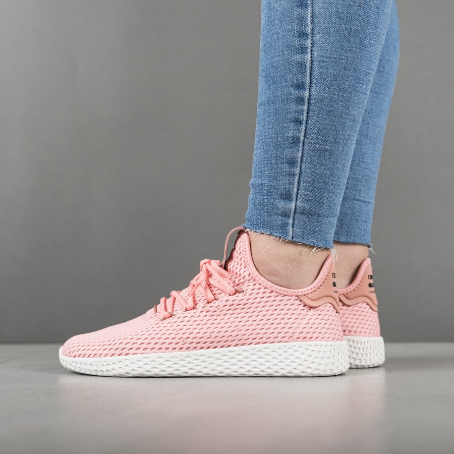 ... Dámské boty sneakers adidas Originals Pharrell Williams Tennis Hu  BY8715 ... 334eb779fb6