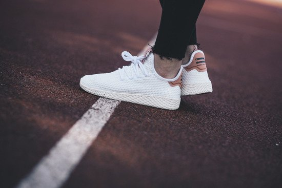 Dámské boty sneakers adidas Originals Pharrell Williams Tennis HU CP9763