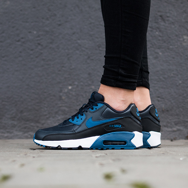 Boty - Nike | GRANATOWY | 35,5 - Dámské boty sneakers Nike Air Max 90 Leather (GS) 833412 402